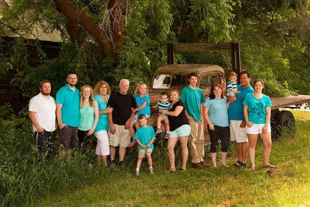 large family portrait at eden park